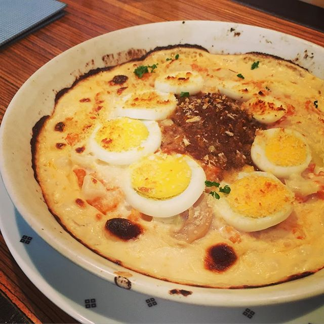 ゆで卵とミートソースのドリア